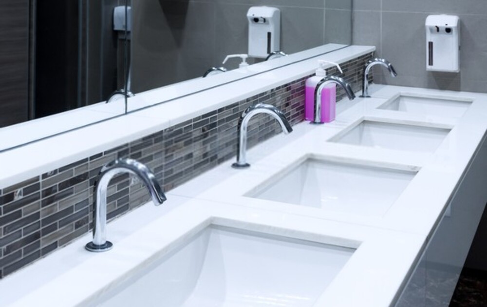 Commercial Cleaning - Bathroom Cleaning